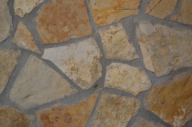 zuti-lomljeni-struganicki-kamen-prirodni-kamen-ljig-beograd