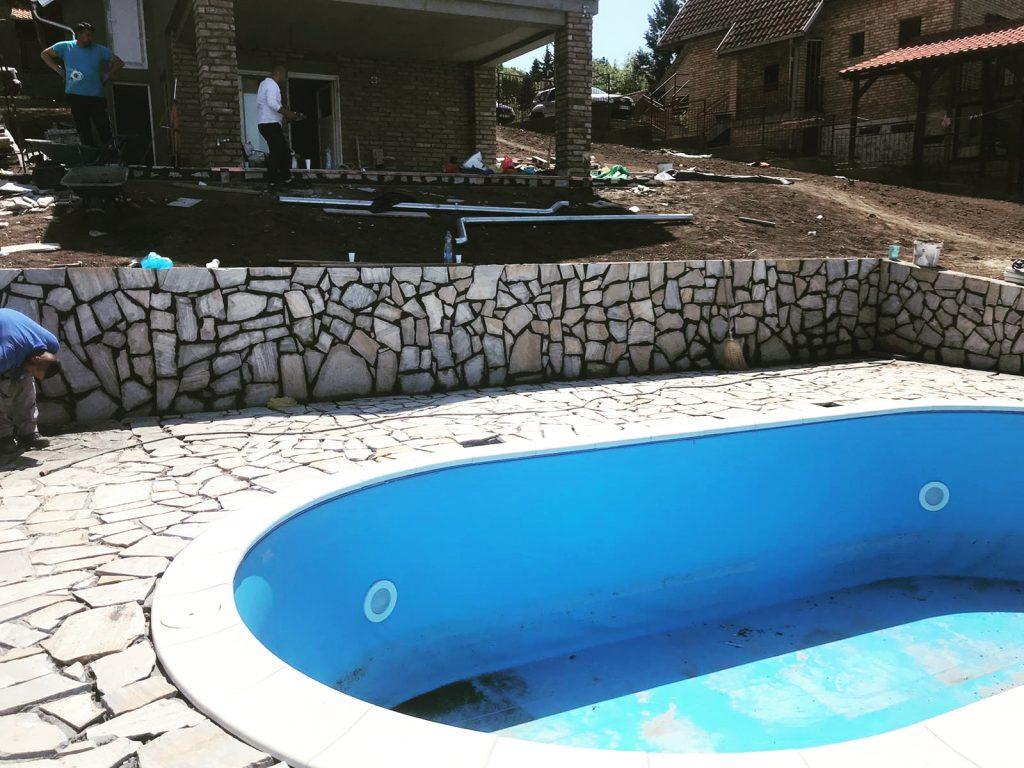 bela-lomljena-prirodni-kamen-za-staze-oko-bazena